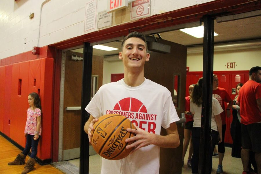 Senior Jonathan Golbert discusses his recent fundraiser, Crossovers Against Cancer.